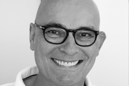 Mallorca Ärzte Dr. von Rohr Hautarzt Clinica Picasso Palma Porträt
