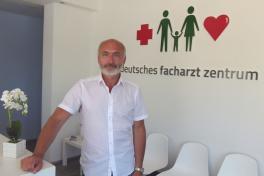 Mallorca Ärzte Orthopäde Dr. Wolfgang Czichon Peguera