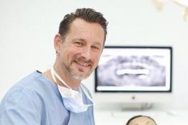 Mallorca Zahnarzt Pascal Wagener Palma Son Behandlung