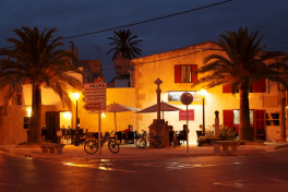 Mallorca Restaurants Santanyí Anoa Abendansicht