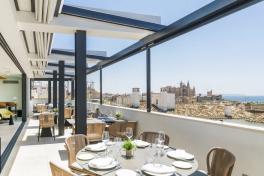 Mallorca Restaurants Palma Cuit im Hotel Nakar Terrasse